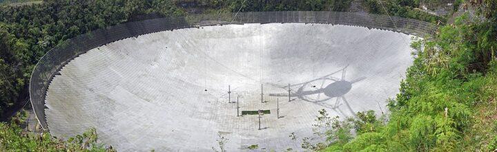 Arecibo. The Radiotelescopes