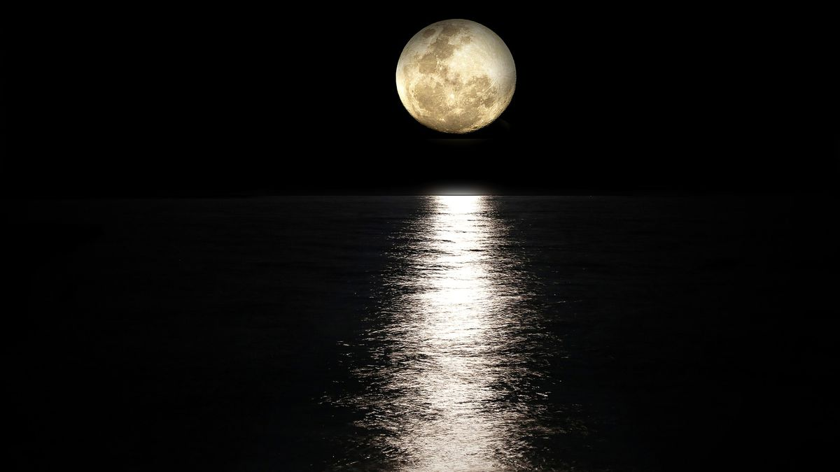 Full moon. Tips for observing the Moon