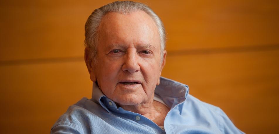 Morris Kahn