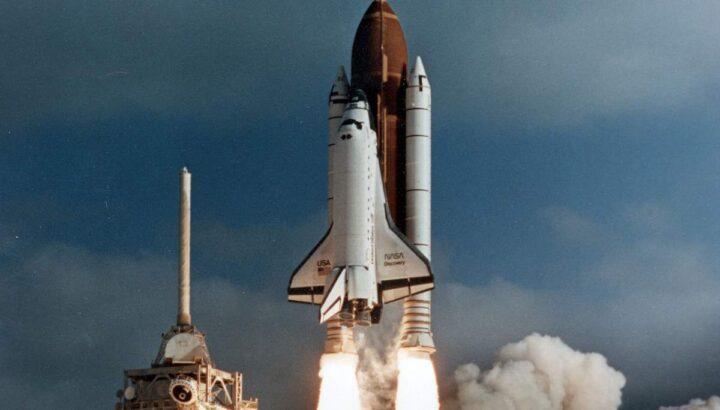 Lanzamiento El telescopio espacial Hubble