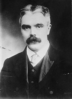 Frank Watson. Crédito: Wikipedia