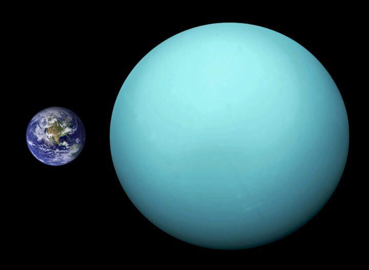 Urano Tierra. Urano es un planeta muy distante